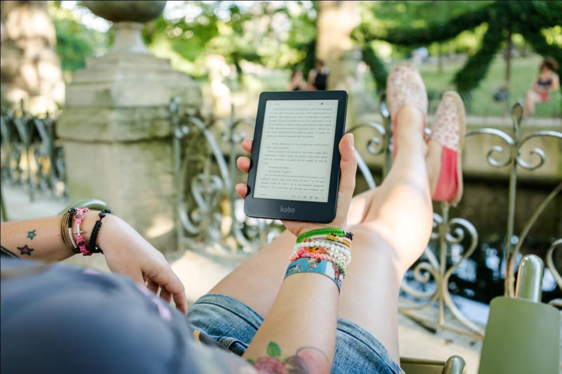 Đọc sách trên điện thoại